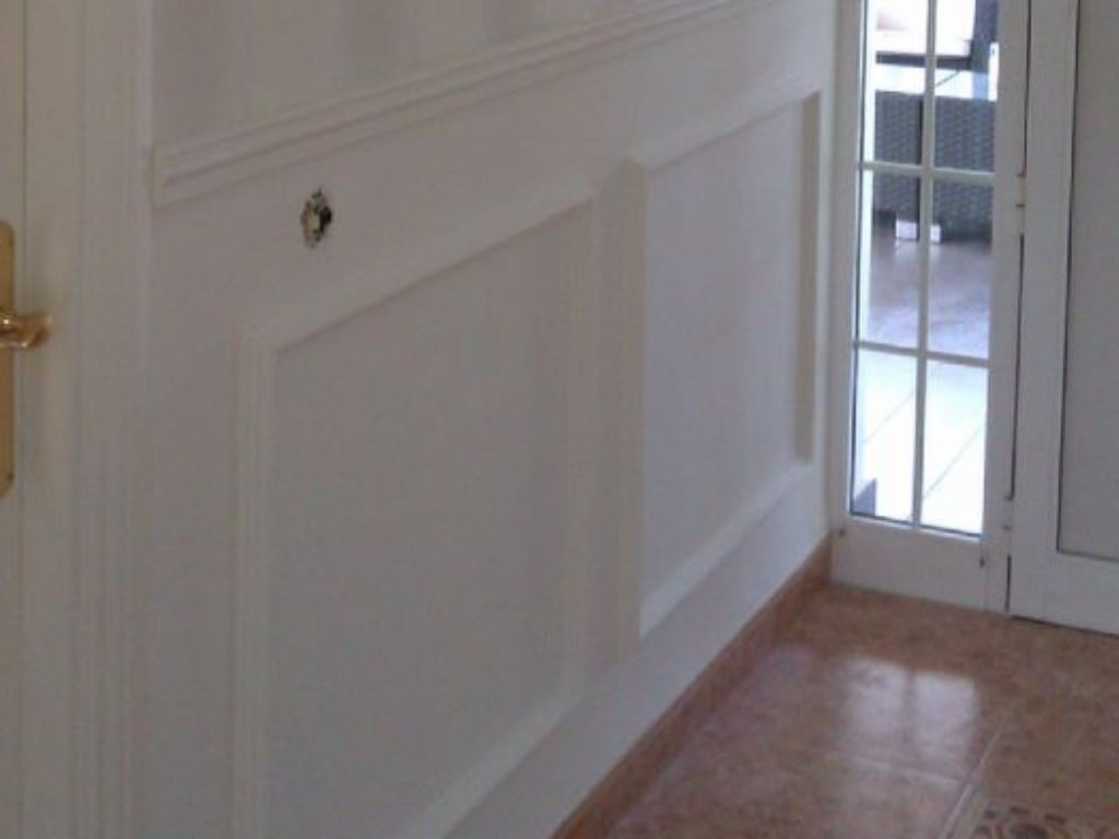 Paredes de escayola with paredes de escayola aplique de - Molduras para paredes ...