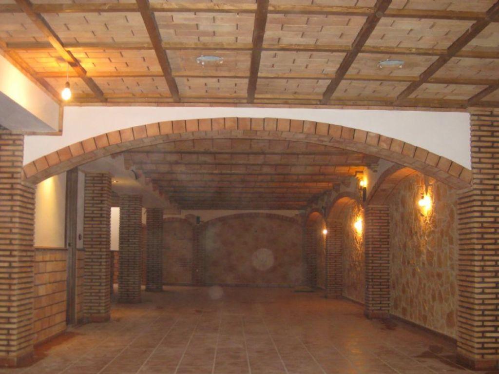 Arcos de ladrillo visto great imagen de piso en calle del - Arcos de ladrillo rustico ...