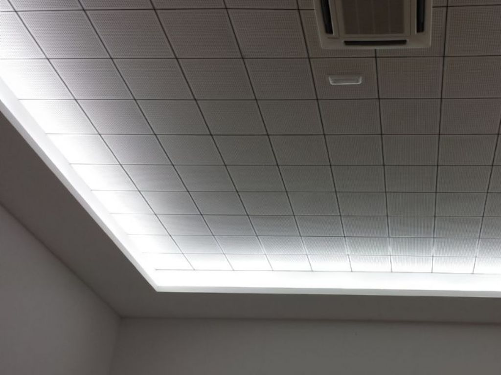 Techos de escayola con luz indirecta techos de escayola - Luz indirecta escayola ...