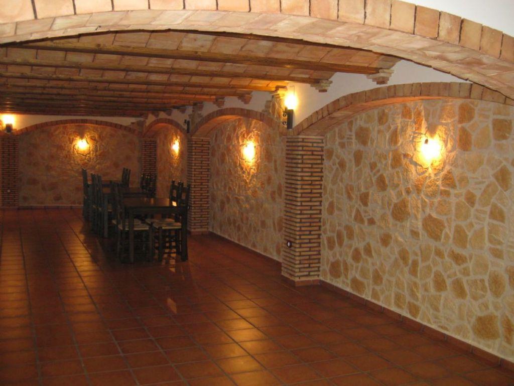 revestimiento de paredes y techos de piedra